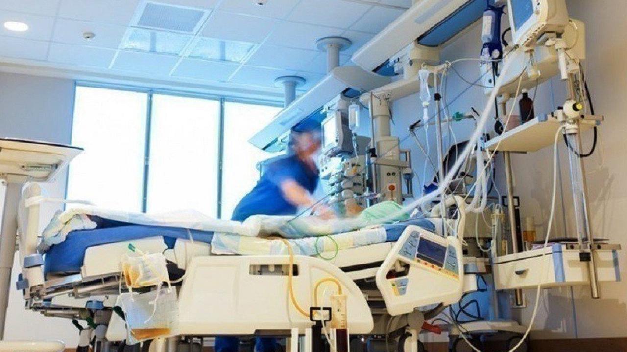 Covid-19: la baisse du nombre de personnes hospitalisées se poursuit