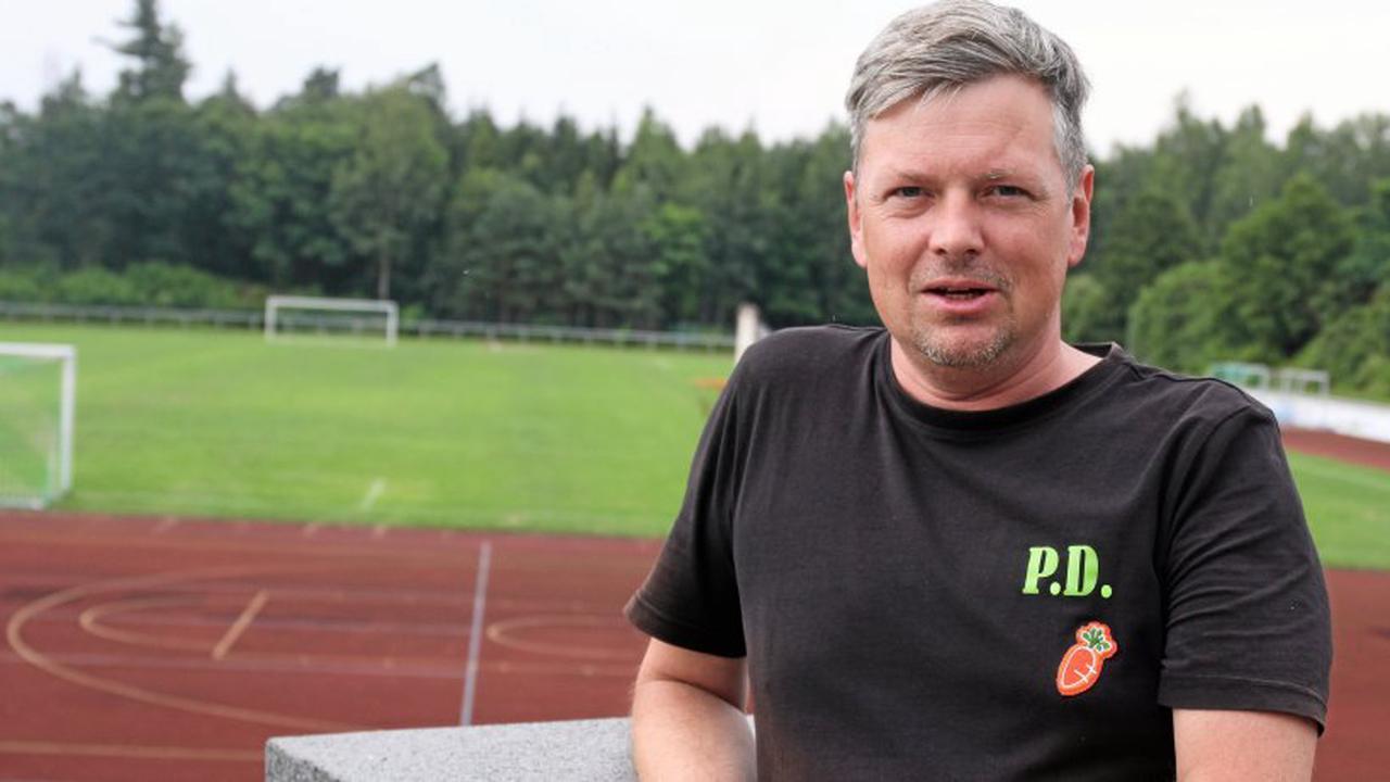 """Trainer Peter Dauel von Grün-Weiß Stadtroda: """"Ich vermisse die Bereitschaft, jeden Zweikampf anzunehmen"""""""