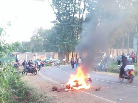 Suspected Motorbike Thief set on Fire by Embu Boda Boda Operators