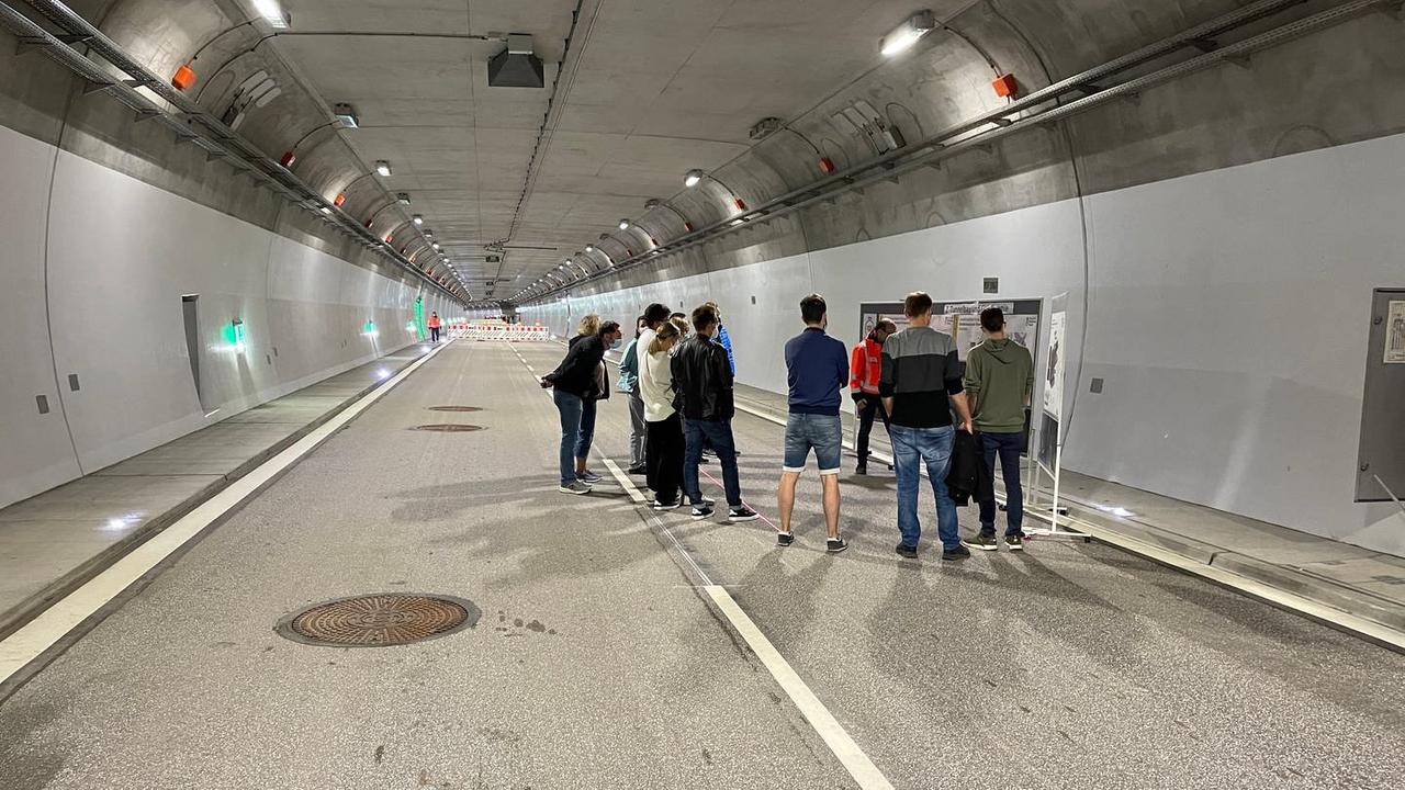 Ohne Auto durch den Stuttgarter Rosensteintunnel