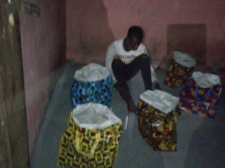See The Different Sizes Of Ghana Must Go Bags That This Man Was Caught With