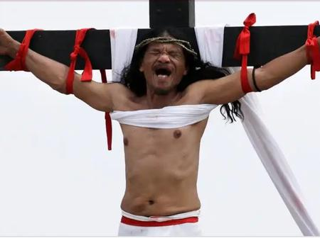 How The Phillipines Celebrate Good Friday By Really Nailing Someone On The Cross