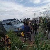 End SARS: Bullion van, others stuck up as protesters mount roadblocks in Ogun [PHOTOS]