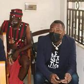 Photos: Herbalist Accompanies Omoyele Sowore To Court.