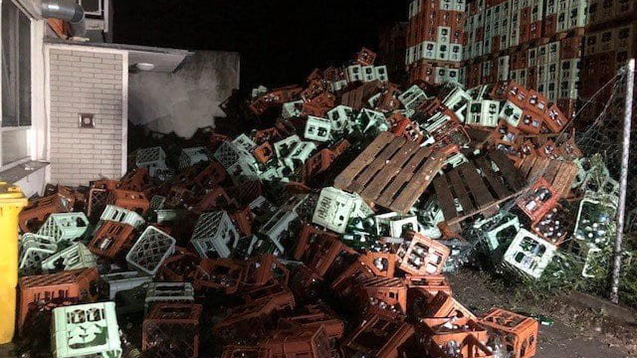 Fataler Flaschen-Fall : 500 Leergut-Kisten blockieren Hauseingang