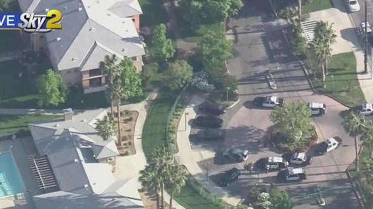 Standoff Continues After Pursuit Ends In Palmdale, 1 Person In Custody