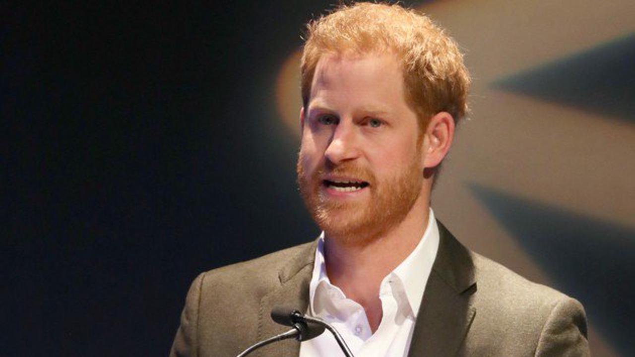 Sorgenkind Prinz Harry holt wieder aus