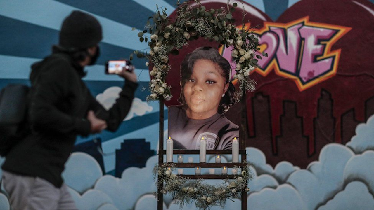 Breonna Taylor statue smashed in California weeks after installation
