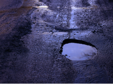 Gauteng's massive pothole backlog blamed on lockdown – and 'general inefficiency'