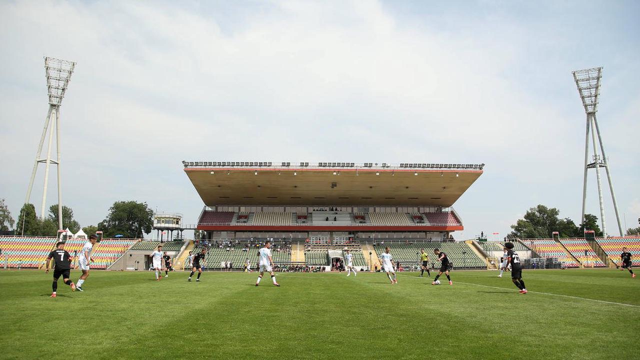 Viktoria Berlin darf weiter im Jahn-Sportpark spielen