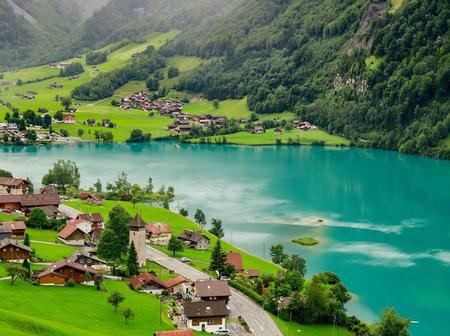 Top 18 most beautiful sceneries you should see