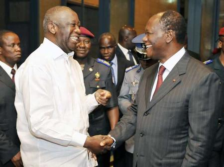 Gbagbo libre de rentrer, mais proche de la prison? Les non-dits de la décision de Ouattara