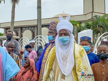 Emir Sanusi Performing His Friday Prayers At Syrian Mosque In Lagos [Photo]