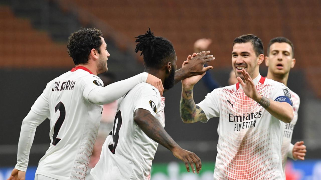 Milan limp through on away goals after draw with Red Star