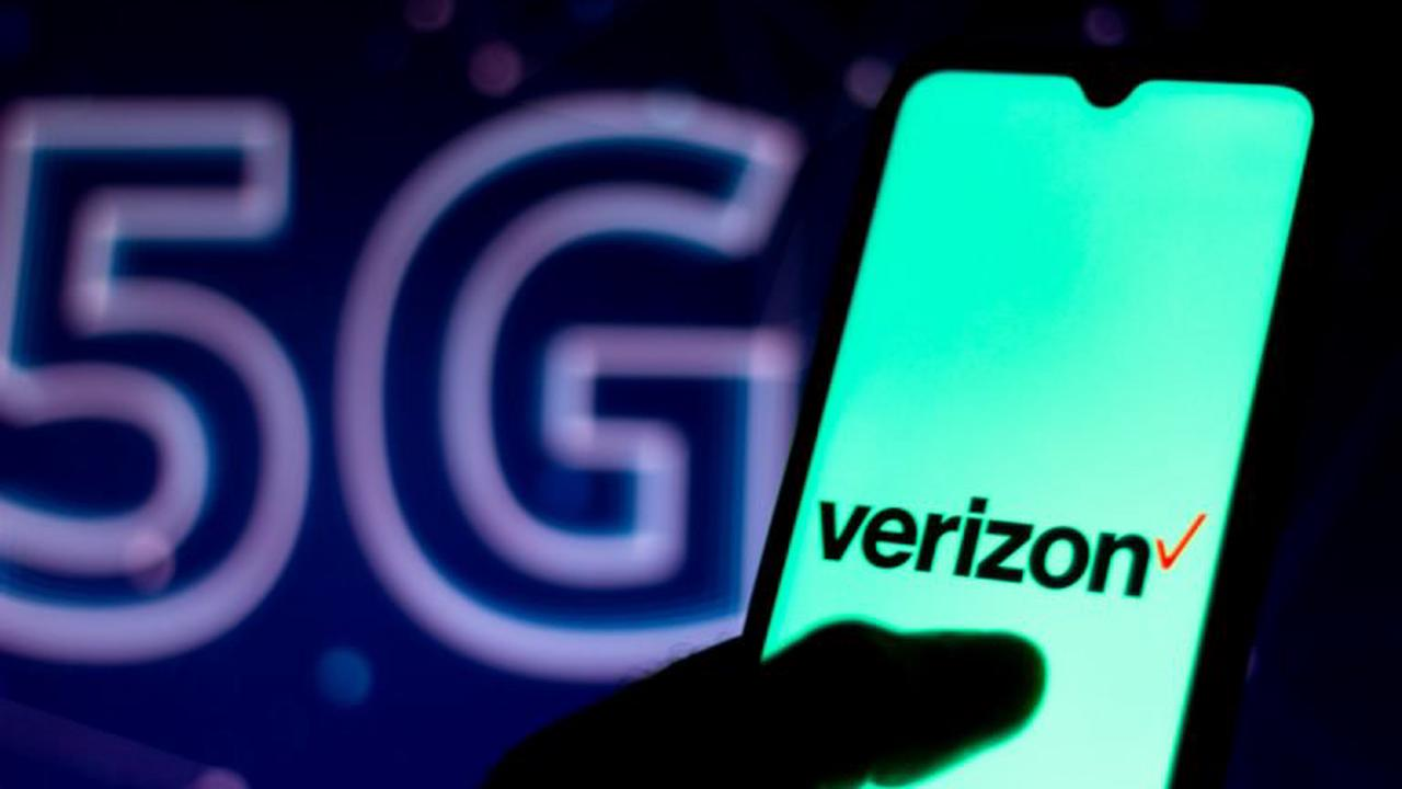 T-Mobile New Plans for Verizon and AT&T Include Unlimited Data, Cloud-Based Workspace, and More