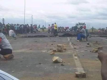 Limpopo is on fire. Residents are on a rampage blocking roads with burning tyres and rocks everyday.