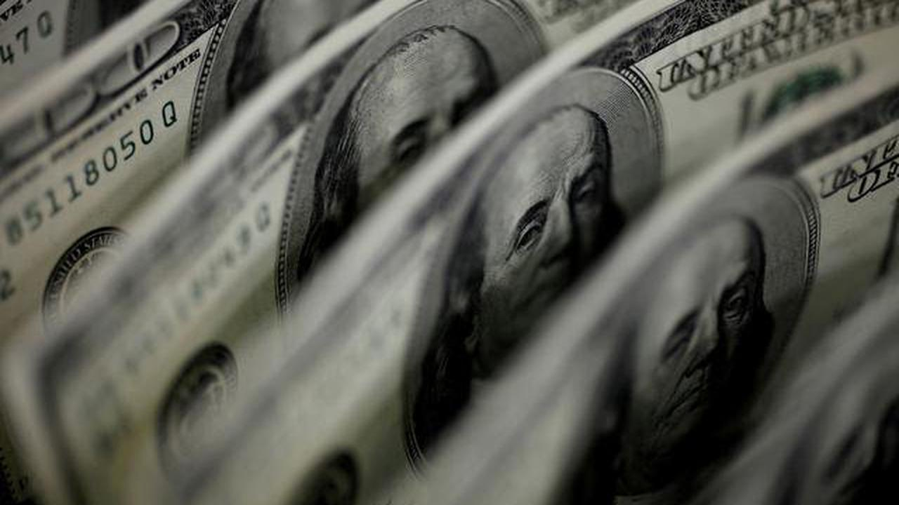 Investors turn net buyers of U.S. equity funds on economic optimism: Lipper