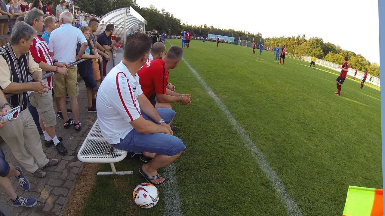 Opposition fordert: Im Freien mehr Zuschauer beim Amateursport