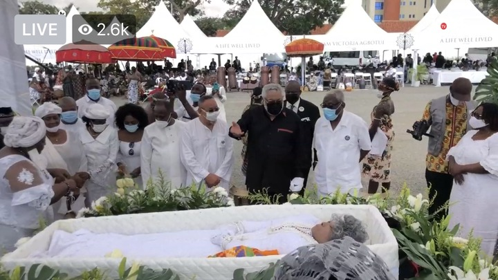 1571369d74ddf1146f2c06539244ca9b?quality=uhq&resize=720 - Sad: Jerry John Rawlings Breaks Down In Tears As He Places A Flower In His Mother's Coffin
