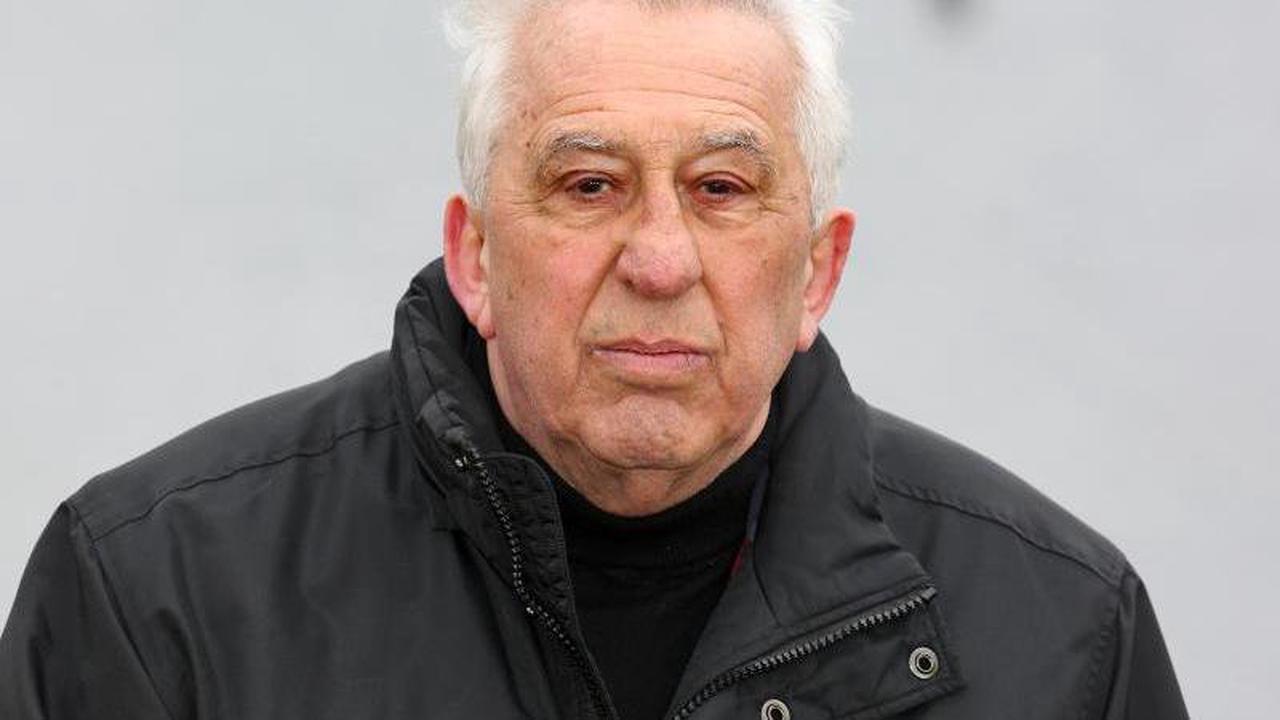 Egon Krenz in Klinik