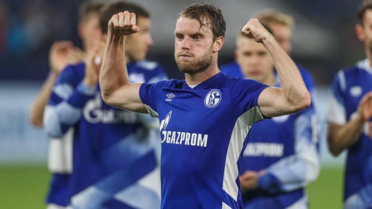 Der FC Schalke 04 empfängt den Karlsruher SC