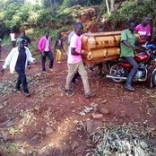 """""""Hakuna Barabara"""" Mourners Forced To Carry A Corpse With A Motorbike To The Burial site"""
