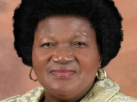 Sindiswa Gomba out of office