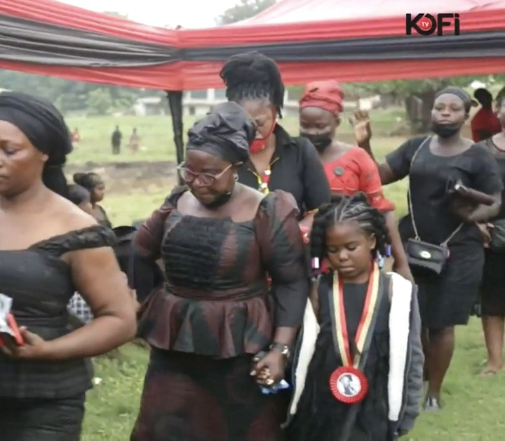 1704bcca482622678626c55005269f54?quality=uhq&resize=720 - Exclusive Photos; Kofi B's Daughter And Wife Soaked In Tears After His Coffin Was Opened