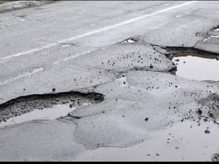 BREAKING NEWS - 10 people killed in KZN crash.