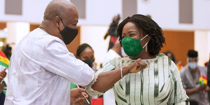 173dd726d7cc83165215487bf9aeb71d?quality=uhq&resize=720 - I never knew NDC lady supporters union loved the party like this until I saw this woman doing this