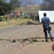 Angry Protestors Shut Down Town In LYDENBERG CBD Mpumalanga Province (PHOTOS)
