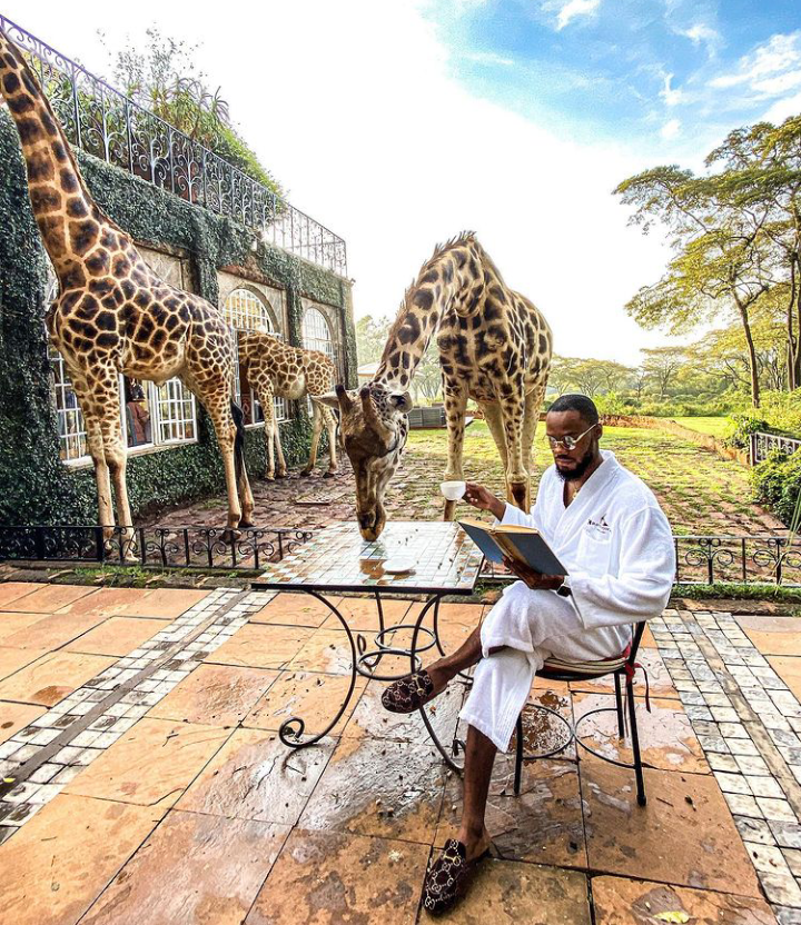 Check Out Lovely Pictures of BBNaija Tolanibaj, Prince And Dorathy Spending Time With Giraffes 22