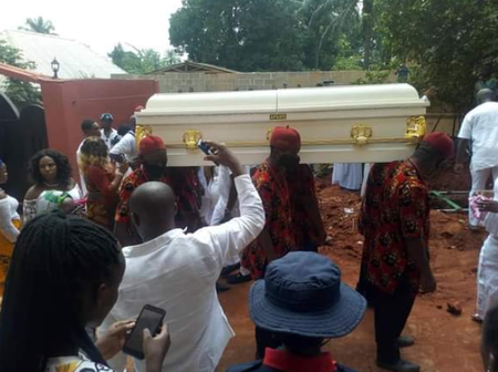 The King Of Nigerian High-Life Musician, Morocco Maduka Buried Amids Tears: Check Out Photos