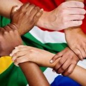 'South Africans, do we have to be prisoners of racism ? - OPINION