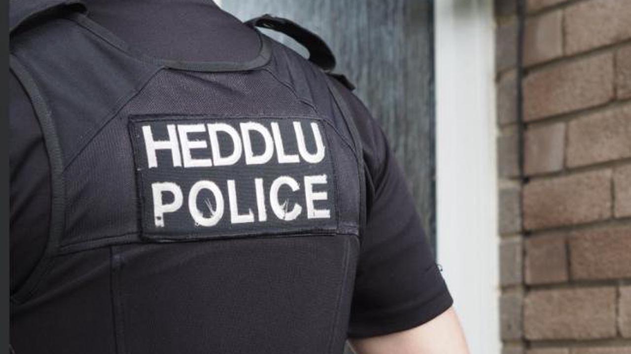 Man pleads guilty to using threatening behaviour