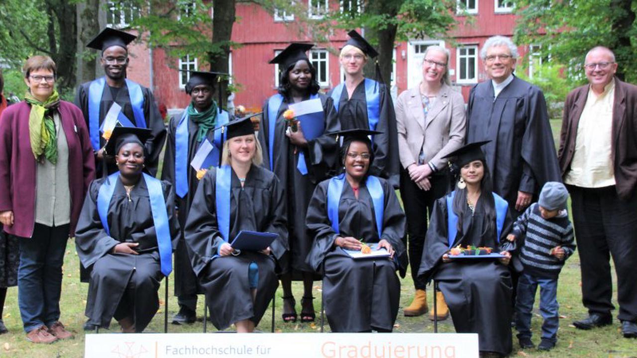 FIT verabschiedet Studierende und sucht neue Wege