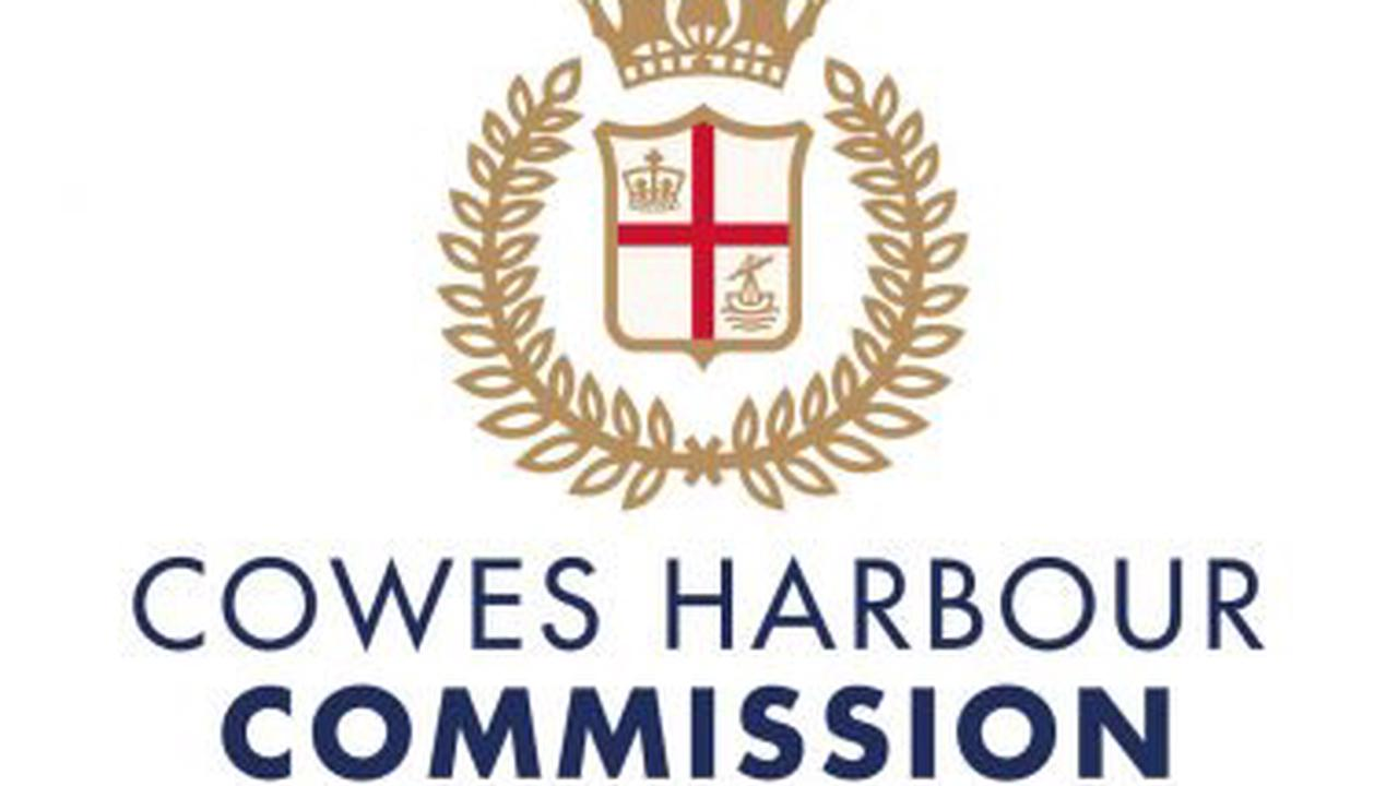 COWES HARBOUR LAUNCHES NEW WEATHER STATIONS TO IMPROVE MARINER SAFETY