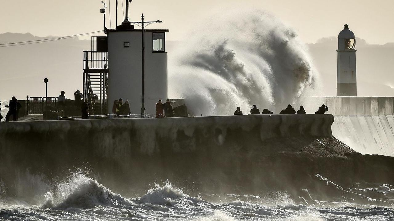 In Pictures: Surf, swimmers and sunsets – the year's best sea shots