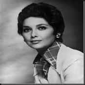 لم تحتفل بعيد ميلادها الـ80..صور نادرة لسوزان مبارك تحكي ذكرى سنوات من زمن فات!