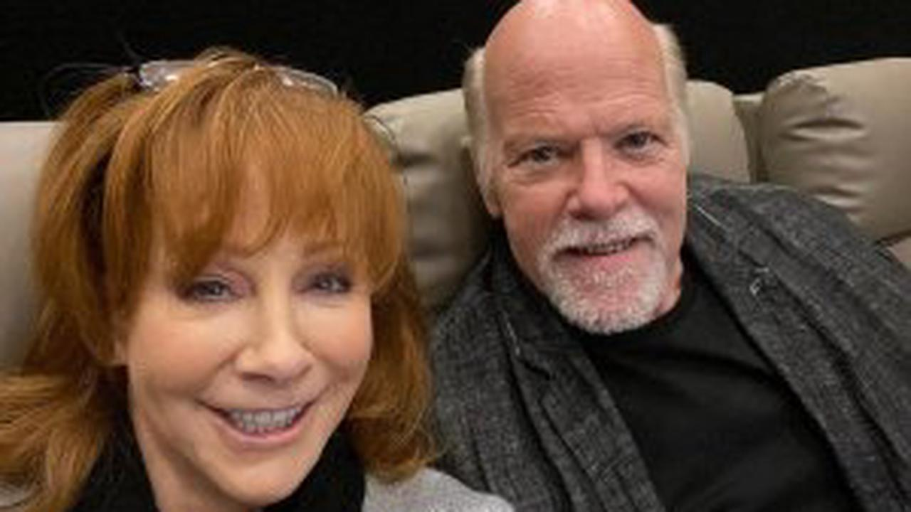 Reba McEntire Rescued From Crumbling Building While Touring Old Site With Boyfriend