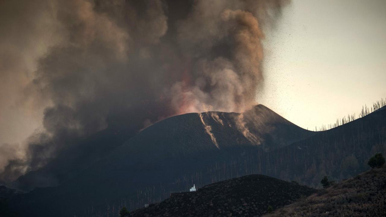 Explosionen und Lavaströme halten La Palma in Atem