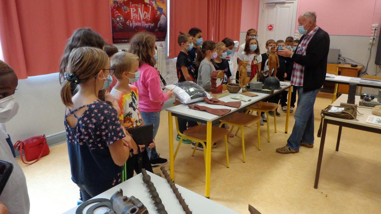 Les écoliers de Robespierre découvrent la vie à la mine