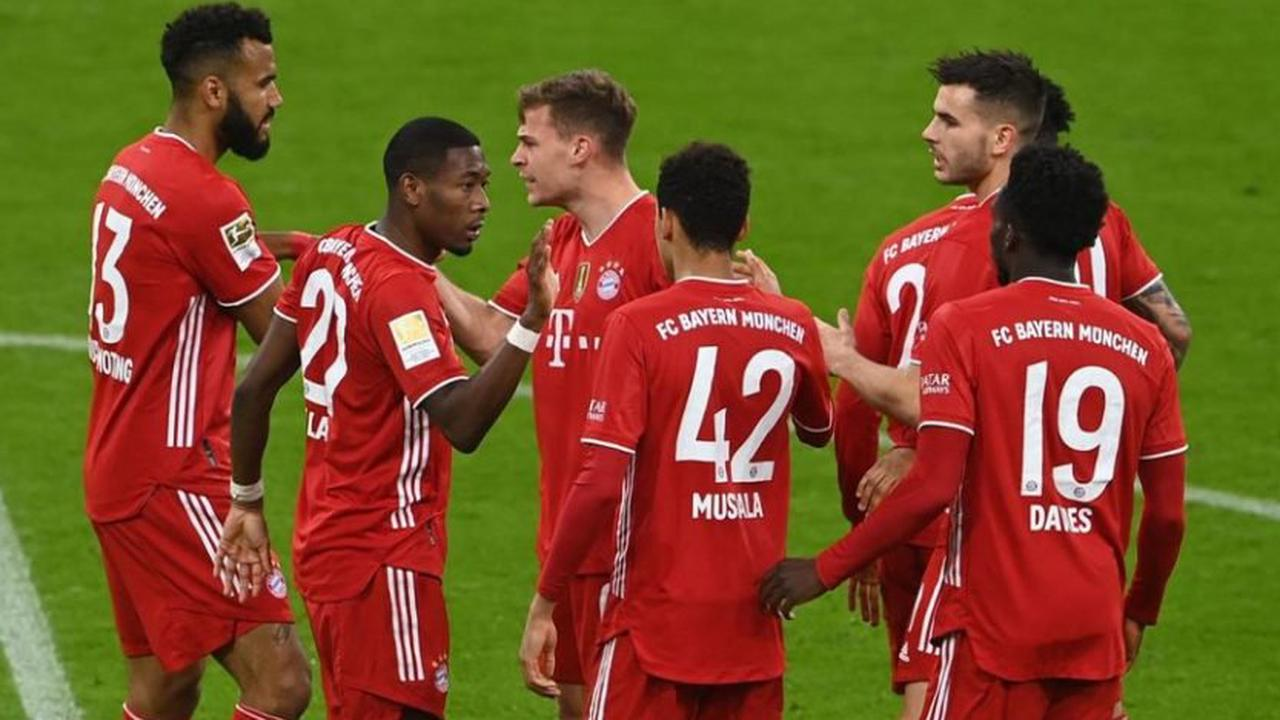 Les familles des joueurs du Bayern, dans la même concentration que l'équipe
