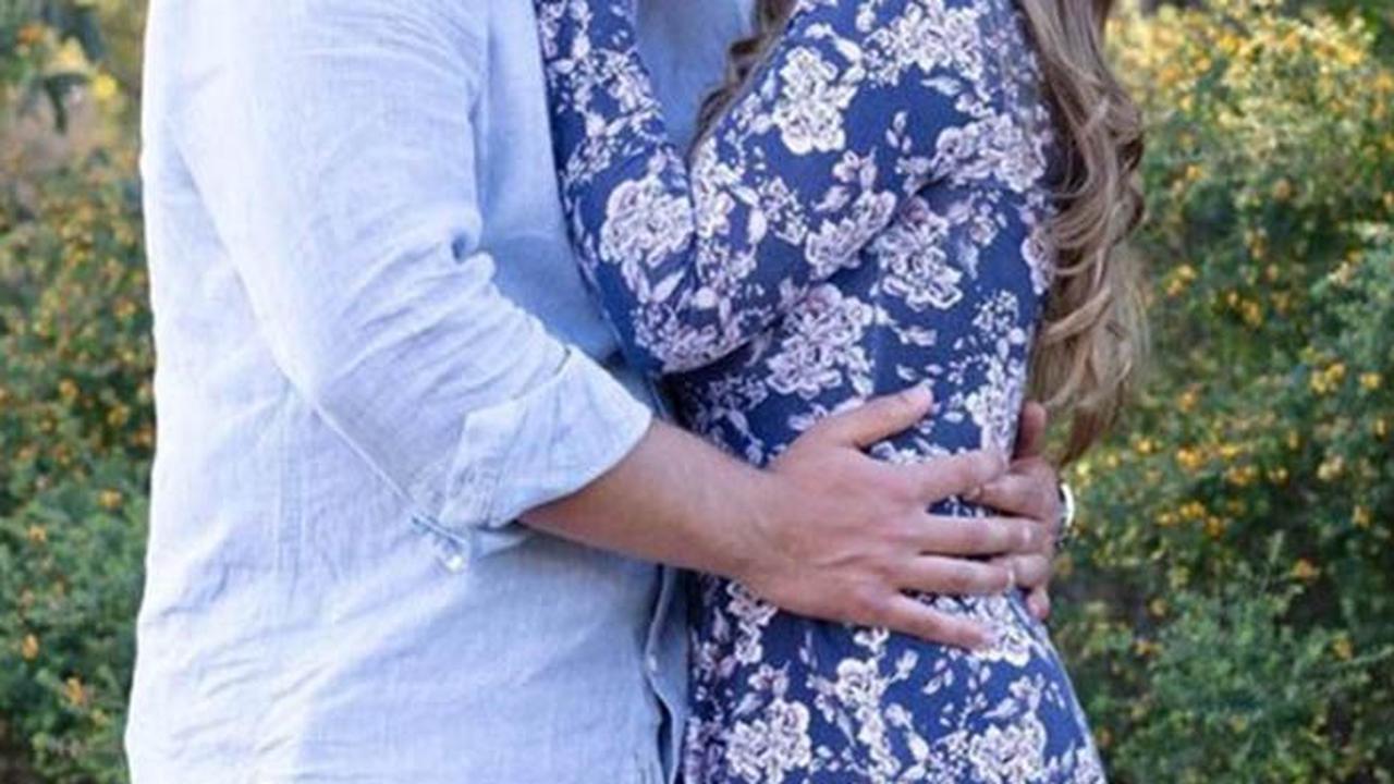 Bindi Irwin Pregnant: Steve Irwin's Daughter Pulls Off Heartwarming Maternity Shoot