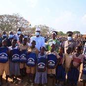 Le Ministre offre 1000 kits scolaires aux élèves de Béoumi