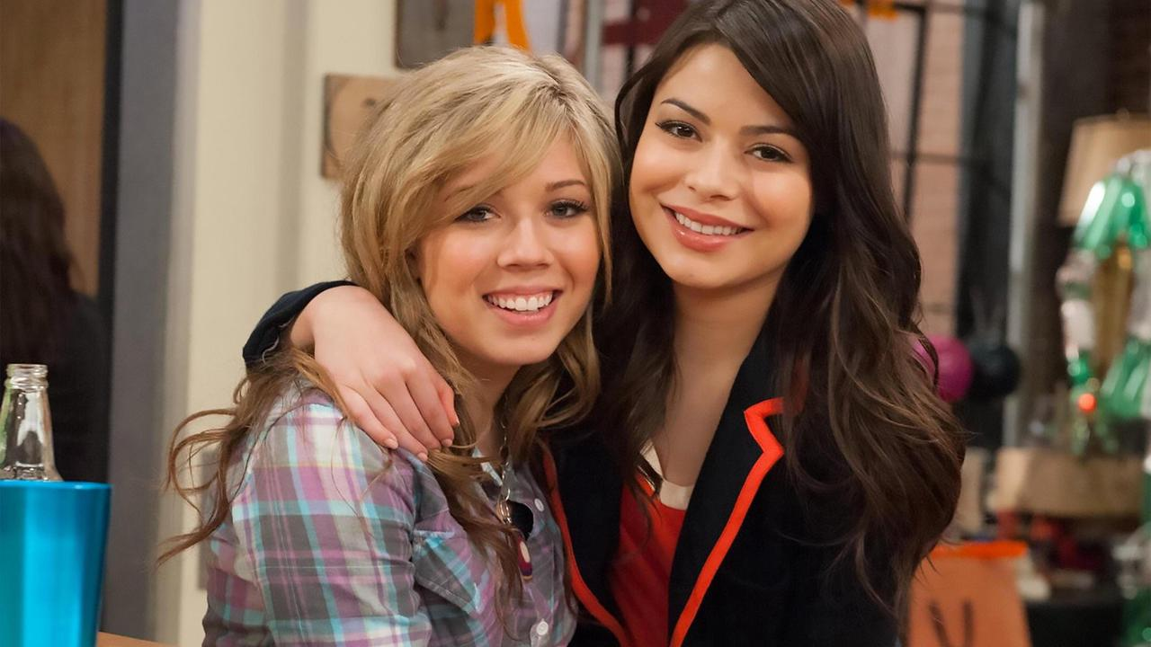 iCarly fans all have the same complaint as long-awaited reboot finally arrives