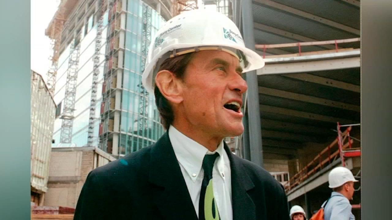 Thompson Center architect Helmut Jahn killed in Campton Hills bike accident