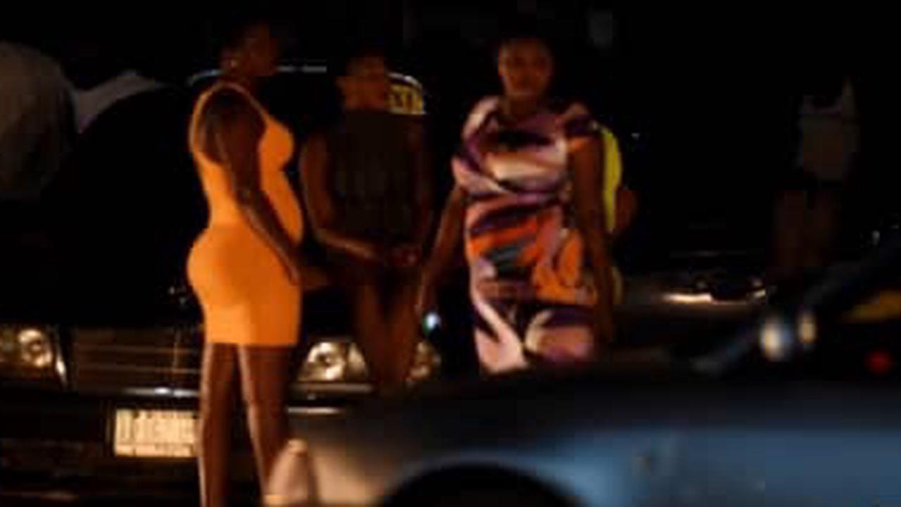 Pourquoi certains hommes fréquentent-ils les prostituées?