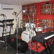 Port Bouët (Abidjan) : la municipalité construit un studio d'enregistrement et des terrains omnisports