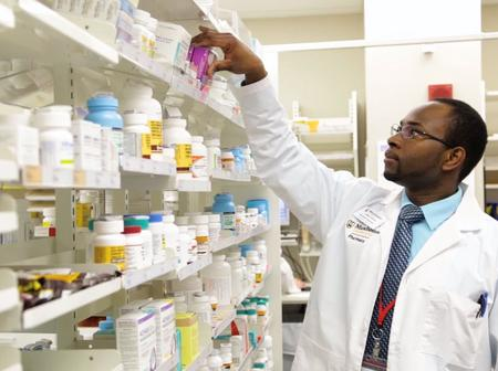 List of Universities and Colleges Offering Pharmacy and Its Related Courses In Ghana